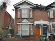 1 bed Flat in Kenilworth Road...