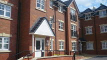 2 bed Apartment to rent in College Fields, Cronton...