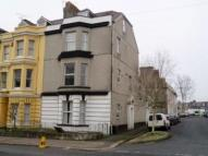 Flat to rent in Devonport Road