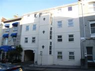 Apartment to rent in St James Place West