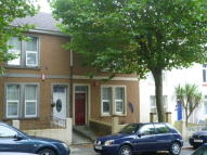 Ground Flat to rent in Bridwell Road