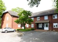 Flat in Saxon House Wantage