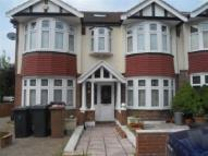 5 bedroom property in Hilside Garden...