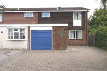 Bovingdon End of Terrace house to rent