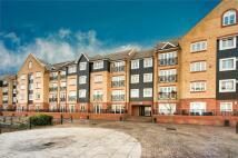 Flat for sale in Longman Court...