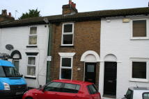 2 bedroom Terraced property in Tufton Street, Maidstone...
