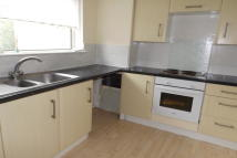 2 bed Flat to rent in Mallard Crescent...