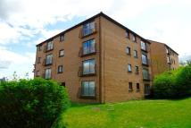 2 bedroom Flat in Caithness Road...