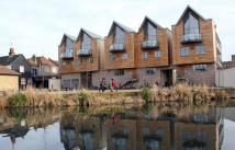 2 bed Penthouse in Overlooking River Lea...