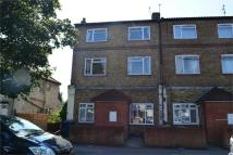 2 bed Flat to rent in Buckingham Road, Edgware...