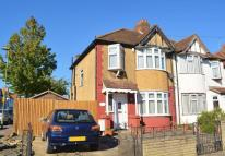 3 bed Detached property in Hale Drive, Mill Hill