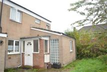 3 bed End of Terrace property in Heywood Avenue...