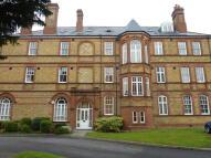 Apartment in Newsholme Drive, London...
