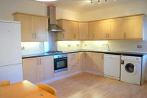 Maisonette to rent in Stonard Road, London, N13