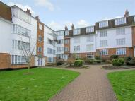 Eversley Park Road Flat to rent