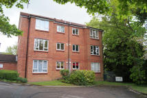 2 bedroom Flat in Badgers Close, Enfield...