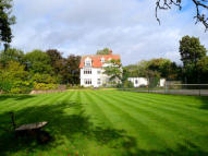 7 bedroom Country House for sale in Mill Road, Felsted, CM6