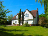 5 bedroom Detached home in Bartholomew Green...