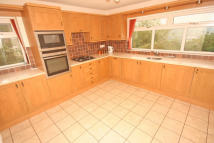 Detached Bungalow for sale in Barley Cote Grove...