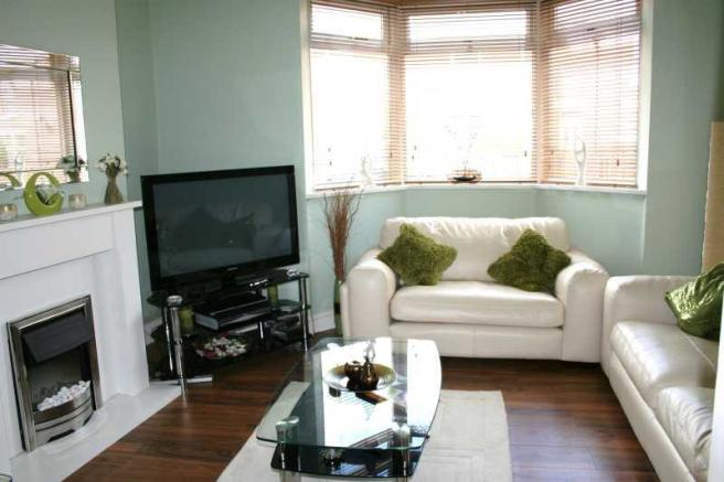 3 bedroom terraced house for sale in woodland terrace for Next living room ideas