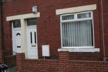 Flat to rent in Gosforth Terrace...