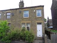 3 bedroom semi detached house to rent in Kitson Hill Road...