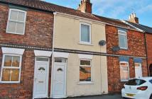 2 bed Terraced house for sale in George Street, Beverley