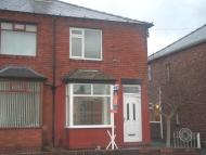 2 bed semi detached home in Barn Grove, Audenshaw...