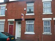 2 bedroom Terraced house in Walsden Street
