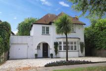 5 bedroom Detached house in High View, Pinner