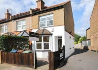 3 bed End of Terrace house in Butler Road, Harrow