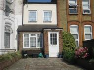 2 bed Cottage to rent in Mansfield Road, Ilford...