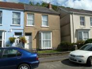 3 bed semi detached house in Brigstocke Terrace...