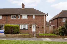 3 bedroom semi detached home in Biddenden Way, Eltham