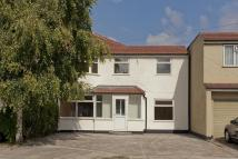 5 bed semi detached house for sale in Bynon Avenue...