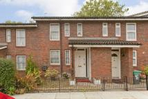2 bedroom Terraced property for sale in Garden Close, Grove Park...