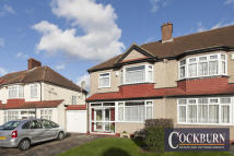 3 bedroom semi detached house for sale in Kingshurst Road, Lee...