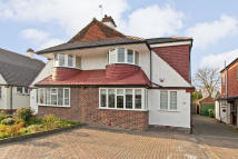 4 bed semi detached home for sale in Southwood Road, London