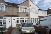 3 bedroom Terraced house to rent in Howard Avenue, Bexley