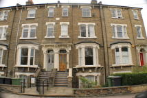 Maisonette to rent in Tressillian Road, London