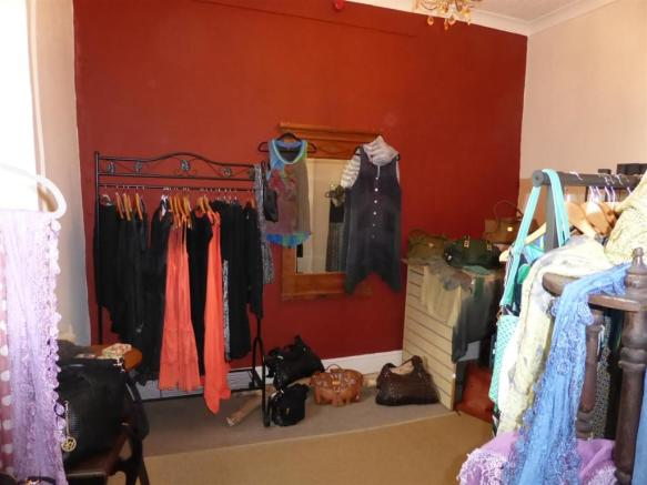 FURTHER SHOP AREA