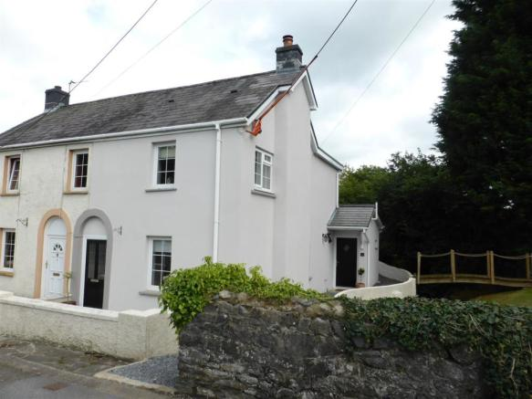 1 Brook Cottage Rhos