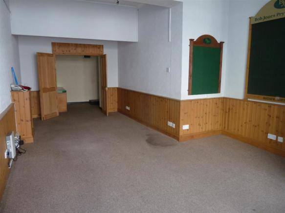 FRONT OFFICE/RECEPTION AREA