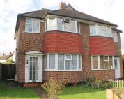 3 bedroom semi detached home to rent in Sparrows Lane, New Eltham