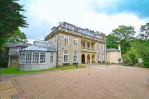 3 bedroom Apartment to rent in Mavelstone Road, Bickley...
