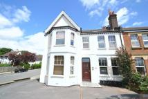 Flat to rent in Widmore Road, Bickley...