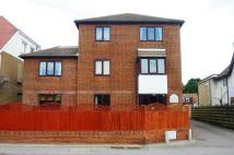 1 bedroom Flat to rent in Grange Court...