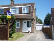 3 bed property in Thakeham Close...