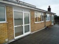 2 bedroom Flat to rent in Downsway, East Preston