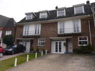4 bedroom Terraced house in THEYDON GROVE, EPPING...
